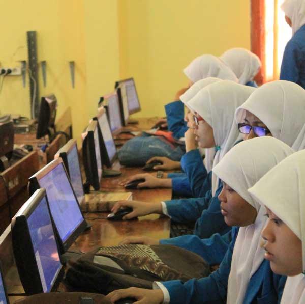 Para-siswa-dan-santri-Ponpe